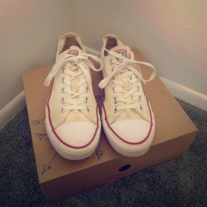 Two pairs of converse!!